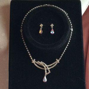 Jewelry - NWT rhinestone and earring set